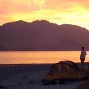 IH tent person sunset Carmen 9x6